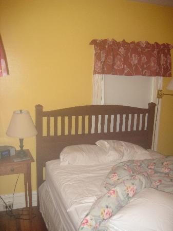 Acacia House Inn: Inside the room