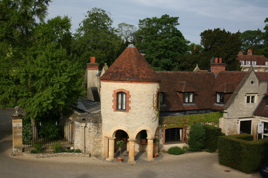 Belmond Le Manoir aux Quat'Saisons: The view from the windom