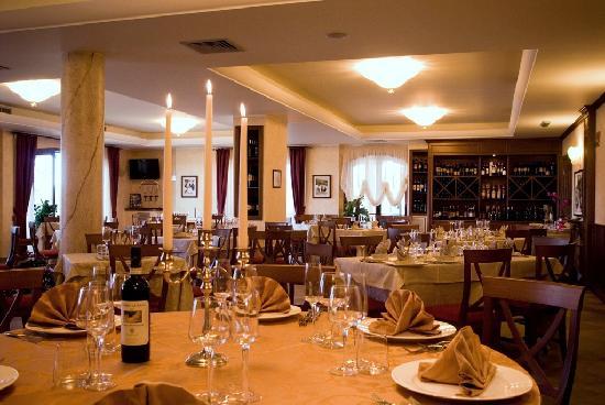 Tolfa, Italia: Sala ristorante