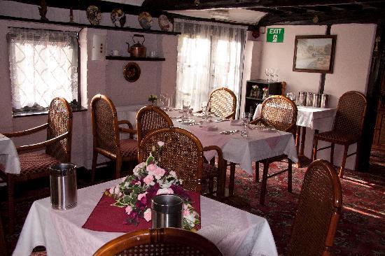 Hailsham, UK: Part of the dining room