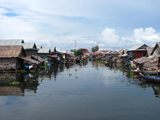 Ta Som Guesthouse: Kampong Phhluk floating village