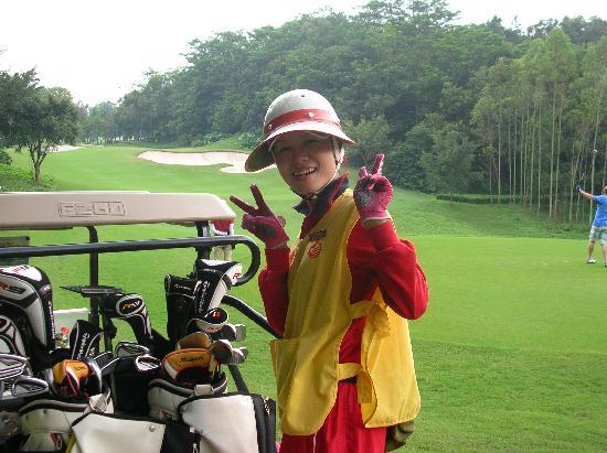 Mission Hills Resort Shenzhen: caddies