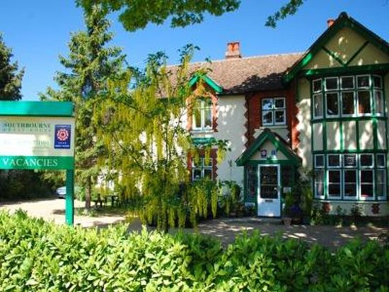 Photo of Southbourne Guest House Horley