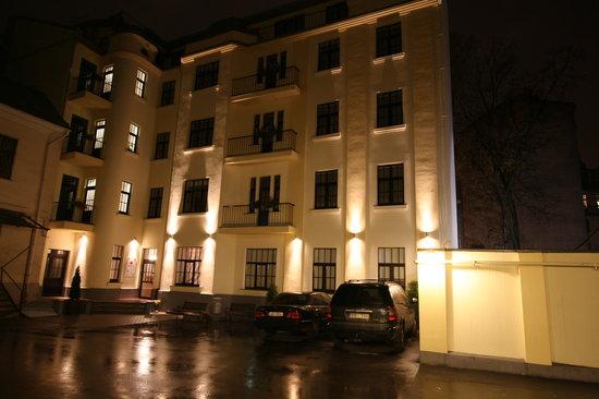 Hotel Edvards: Exterior_1
