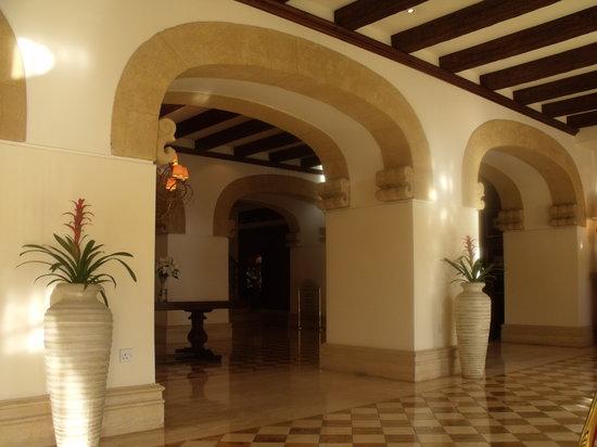 The Arkin Colony Hotel : Hotel Lobby