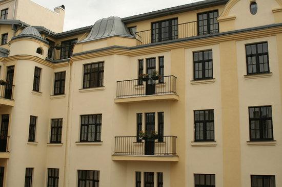 Hotel Edvards: Exterior_3
