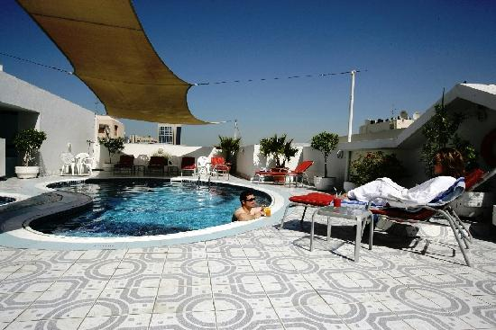 Savoy Park Hotel Apartments: Swimming Pool