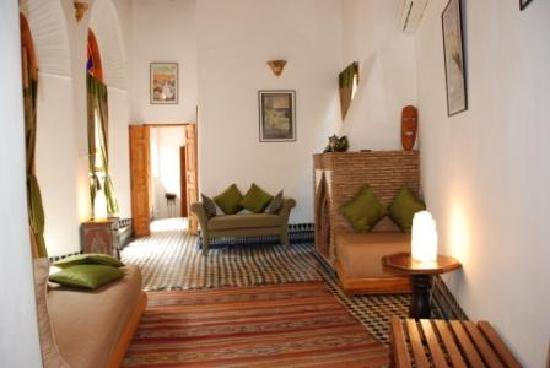 Riad la cle de fes hotel f s maroc voir les tarifs for Salon zen rabat tarifs