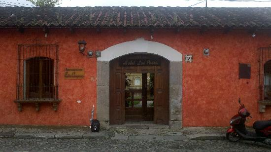 Hotel Los Pasos: 2nd entrance photo