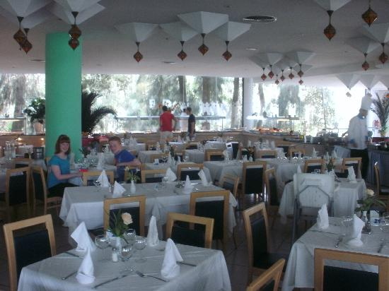 SENTIDO Phenicia : Main restaurant