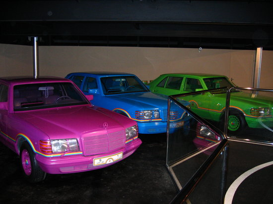 ‪Emirates National Auto Museum‬