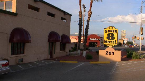 Knights Inn Sierra Vista: l'hôtel le soir
