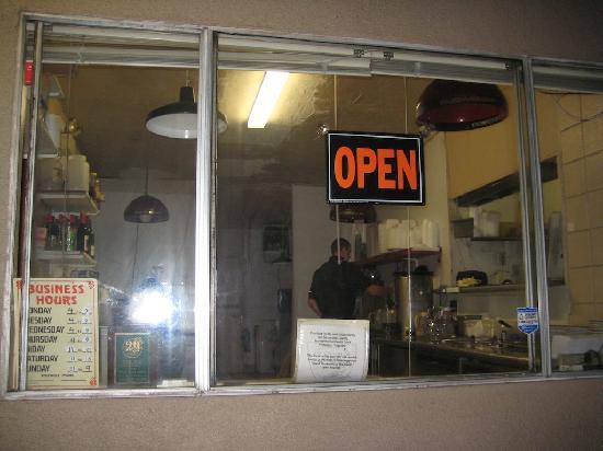 The Rib Co. : kitchen