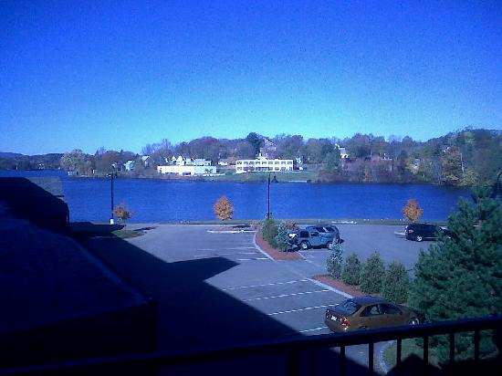 Lake Opechee Inn and Spa: View from window, balcony