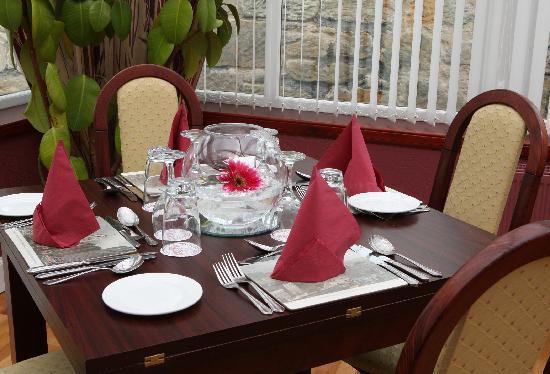 Sunninghill Hotel Elgin Menu