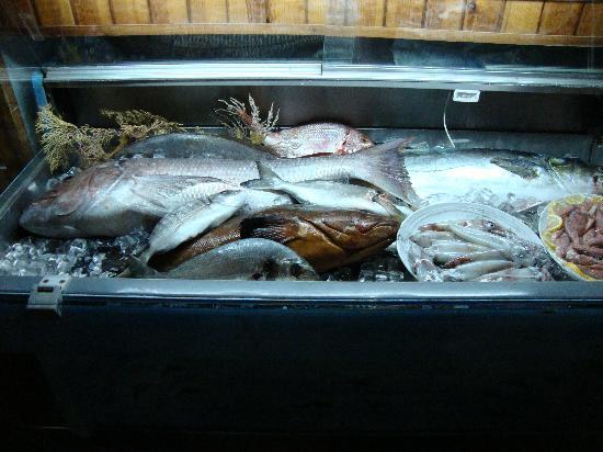 Restaurante Hotel Almadraba: mostrador