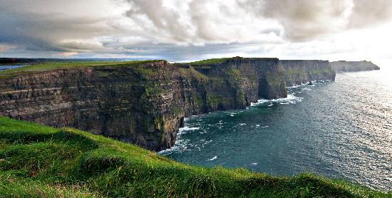 Liscannor, Ireland: Cliffs of Moher