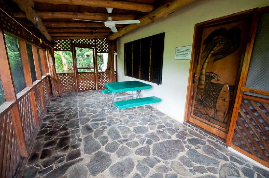 KayaSol Surf Hotel: Hand-Carved Teak Door