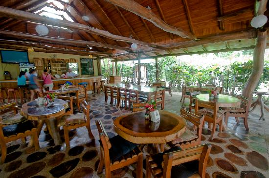 KayaSol Surf Hotel: Outdoor Restaurant