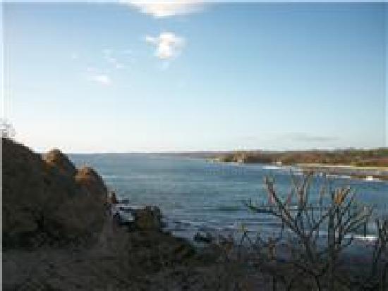 KayaSol Surf Hotel: Playa Pelada (a 5 min walk)