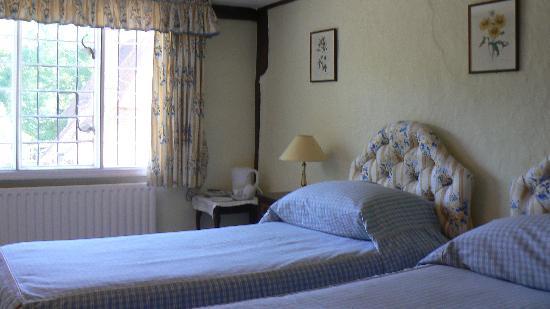 Tudor Cottage Bed and Breakfast: Bedroom 'Churchill'
