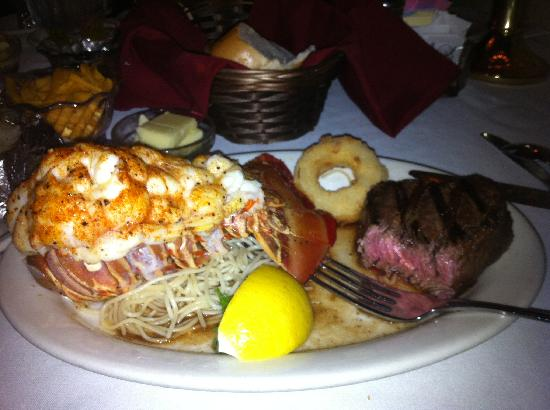 Mary Mahoney S Restaurant In Biloxi Mississippi