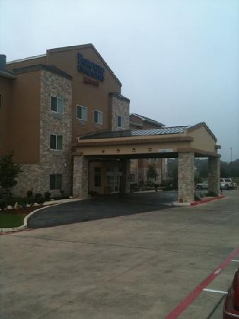 Fairfield Inn & Suites San Antonio Boerne: entry