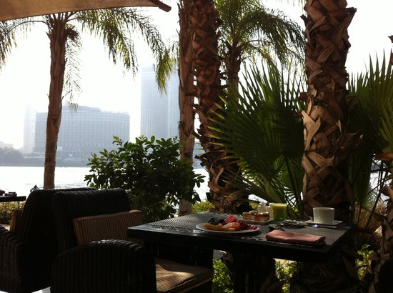 Sofitel Cairo El Gezirah : View at breakfast over looking the Nile