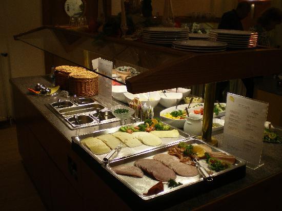 Favored Hotel Domicil: Frühstückbuffet