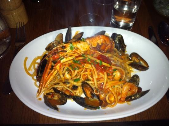 Linguini: blandade havets läckerheter