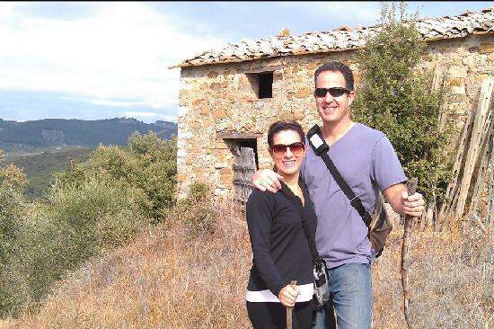 La Gazzara B&B: hiking the property/vineyard
