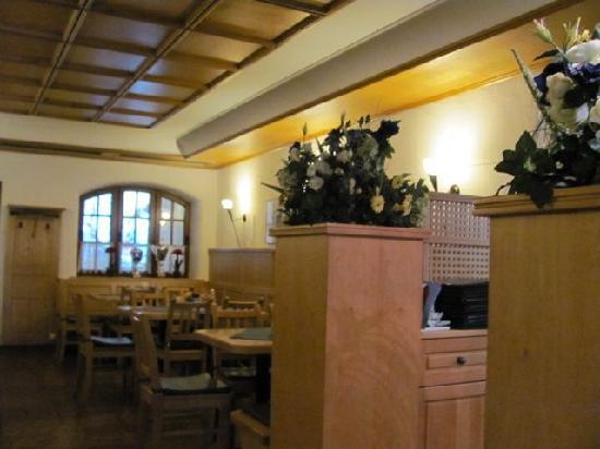 Hotel Bayerischer Hof: inside