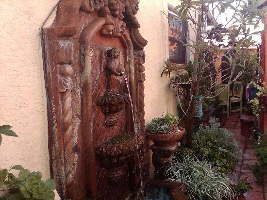 Vintage Sol: Decor in the private courtyard