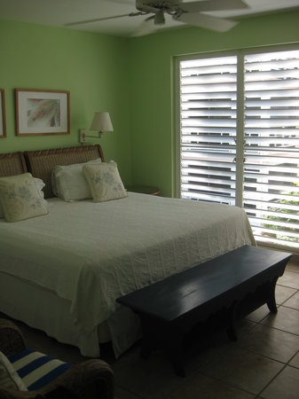 Ocean Club West: Master bedroom