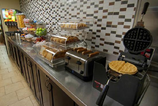 Free Breakfast at Best Western McCarran Inn