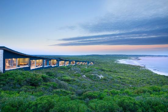 Southern Ocean Lodge: Lodge Sunset