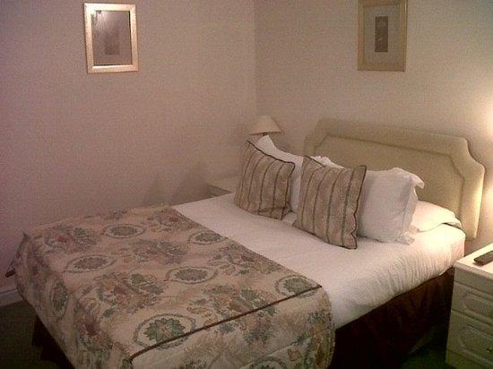 Stanton Manor Hotel : Bedroom 1