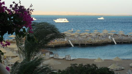 SUNRISE Holidays Resort: View of Red Sea from room