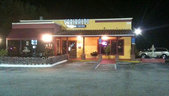 Garibaldi Mexican Restaurant: Night time exterior