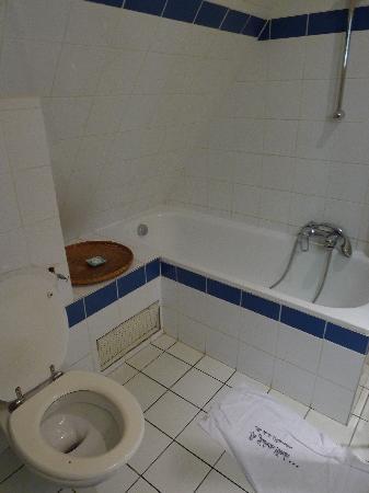 Le Juliette Dodu: Bathroom