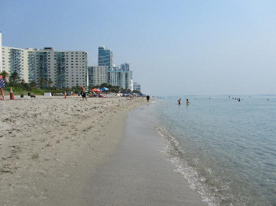 Hallandale Beach - just a few minutes from the hotel