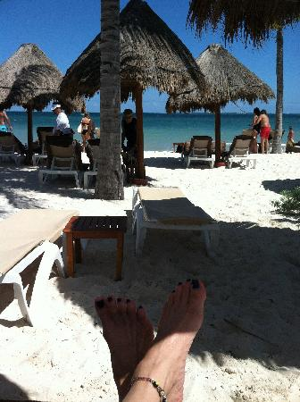 Excellence Playa Mujeres: My favorite spot, view from the beach bed