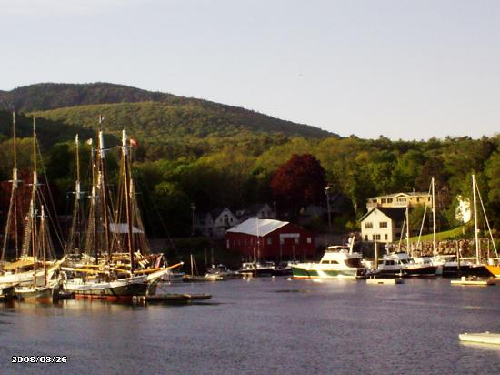 Timbercliffe Cottage Bed & Breakfast Inn: Camden Harbor