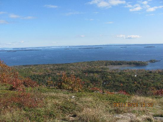 Timbercliffe Cottage Bed & Breakfast Inn: Beautiful view from Mt.Battie
