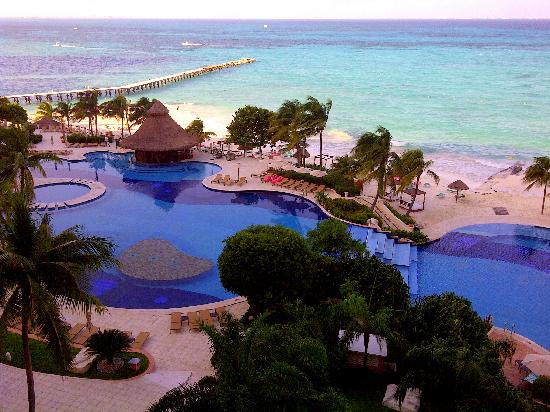 Grand Fiesta Americana Coral Beach Cancun: view from 6th floor