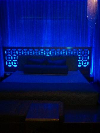 Dream South Beach: Gorgeous Blue Room