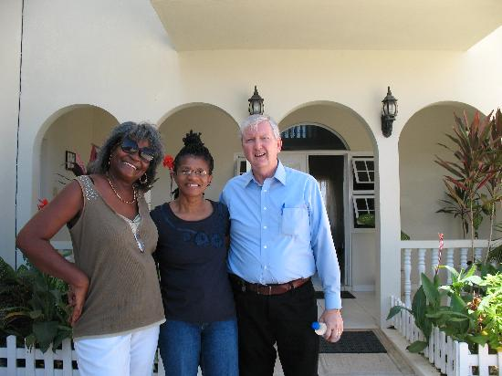 Retreat Guesthouse Luxury Suites: Ms Grant, wife and I