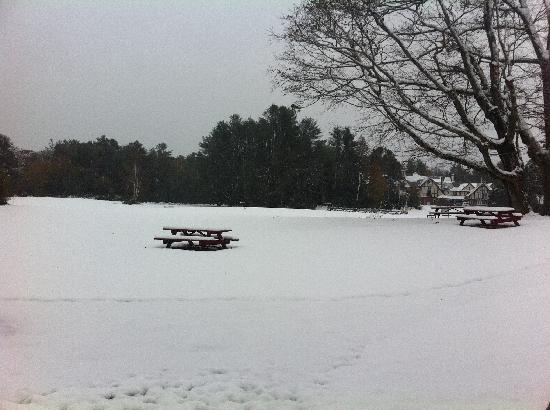 Franciscan Guest House: Snow in October, unusual but beautiful.