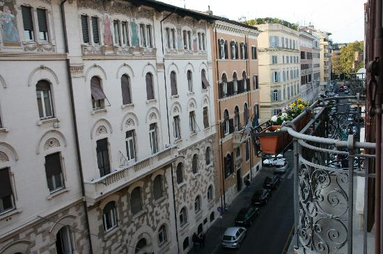Roma Boutique Hotel: View from our window