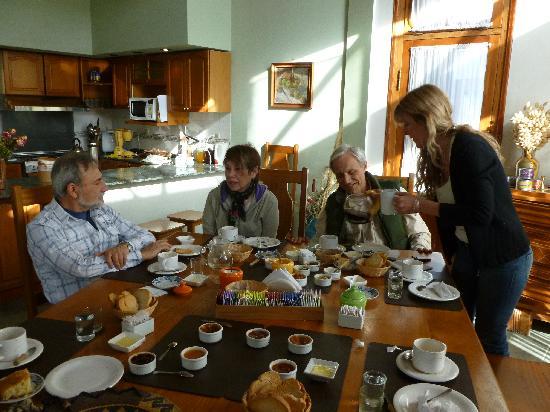 Rio Colorado, Argentina: Desayuno rico y abundante